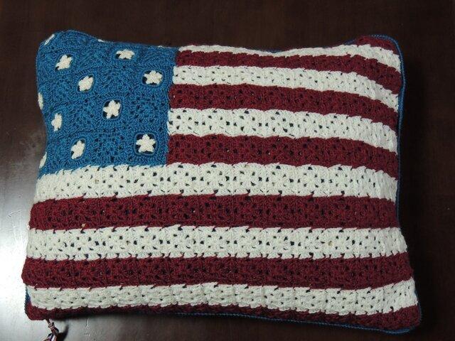 アメリカ星条旗のクッションの画像1枚目