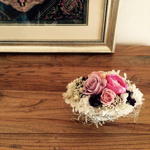 3種のバラのアレンジメントの画像1枚目