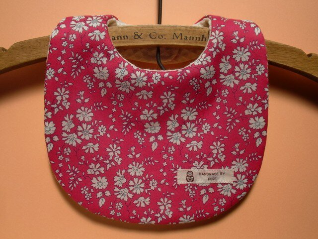 再販1❤PURE*スタイ*リバティCapel ショッキングピンク カペル チェリー 花柄の画像1枚目