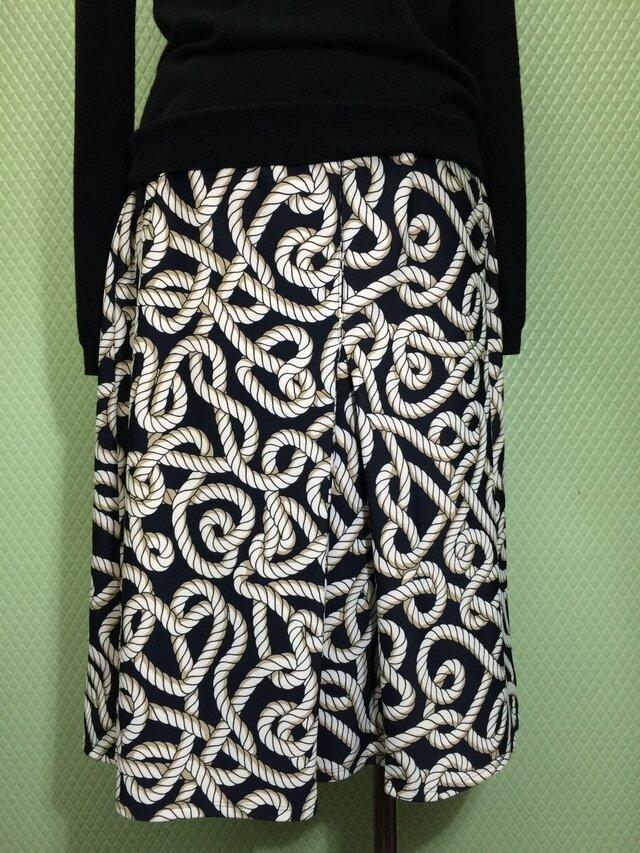 ボックスプリーツのスカートの画像1枚目