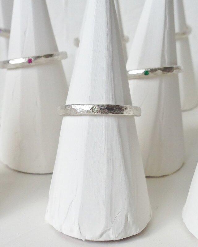 8月誕生石 K18WG Stone texture ringの画像1枚目