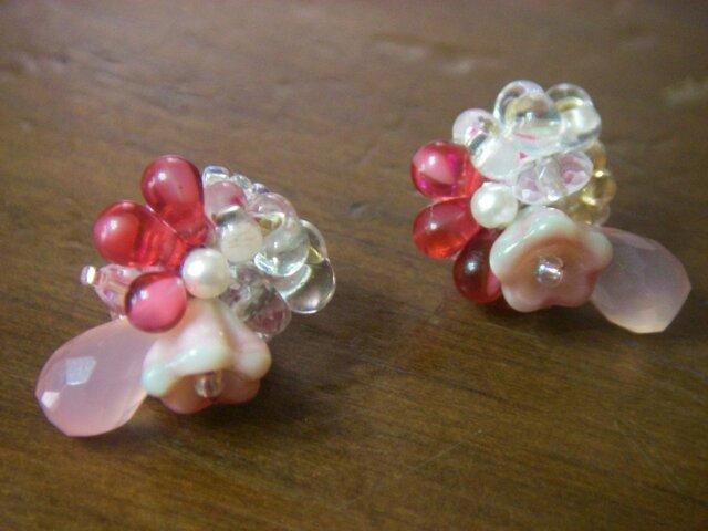 桜(刺繍ビジューピアス)の画像1枚目