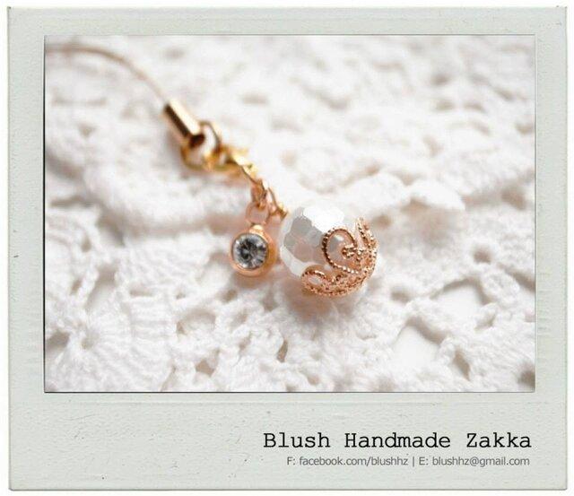 Blush Handmade Zakka: 天然石真珠の母金メッキ携帯ストラップの画像1枚目