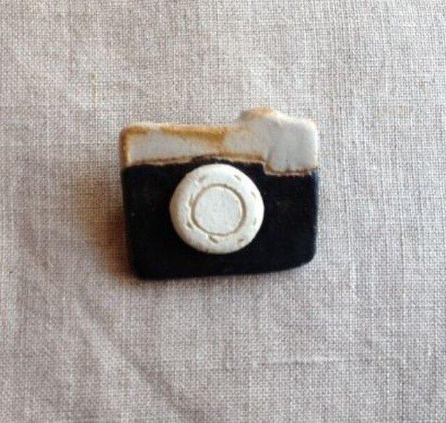 なつかしの昭和家電ブローチ 〈アナログカメラ〉の画像1枚目