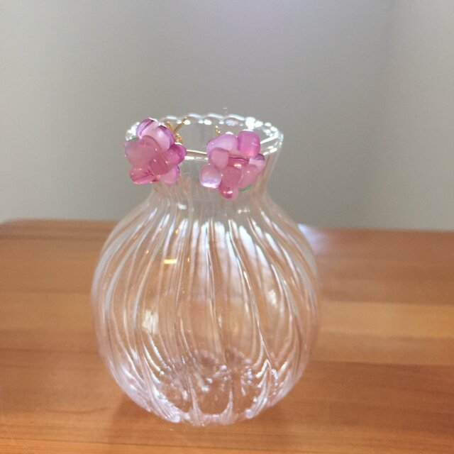 桜のピアスの画像1枚目