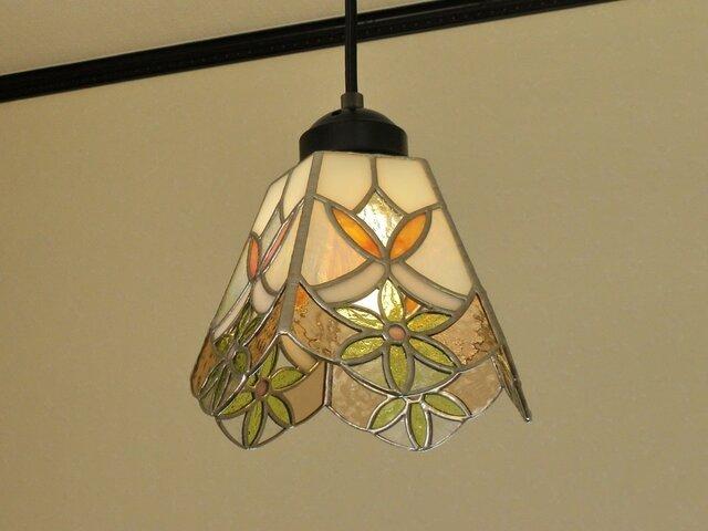 ペンダントライト・イエローのお花(ステンドグラス)天井のおしゃれガラス照明 Lサイズ・3の画像1枚目