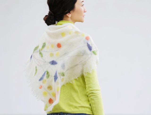 花/リース柄ストール【WREATH】ruinuno(ルイヌノ) フェルト ウール スカーフの画像1枚目