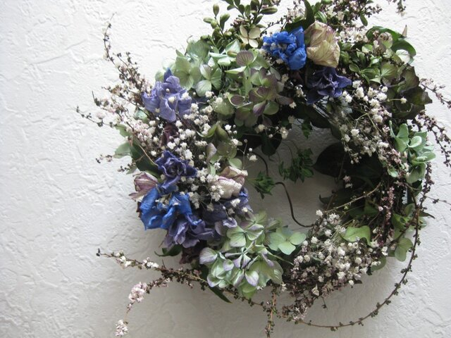 雪柳と春の花のwreathの画像1枚目