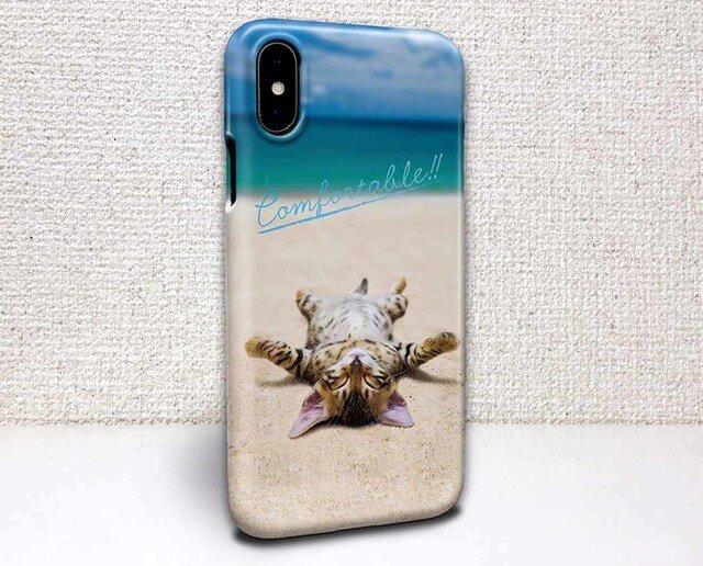 iphone ハードケース iPhoneX iphone8 iphone8 plus 猫 海岸でひなたぼっこをする猫の画像1枚目