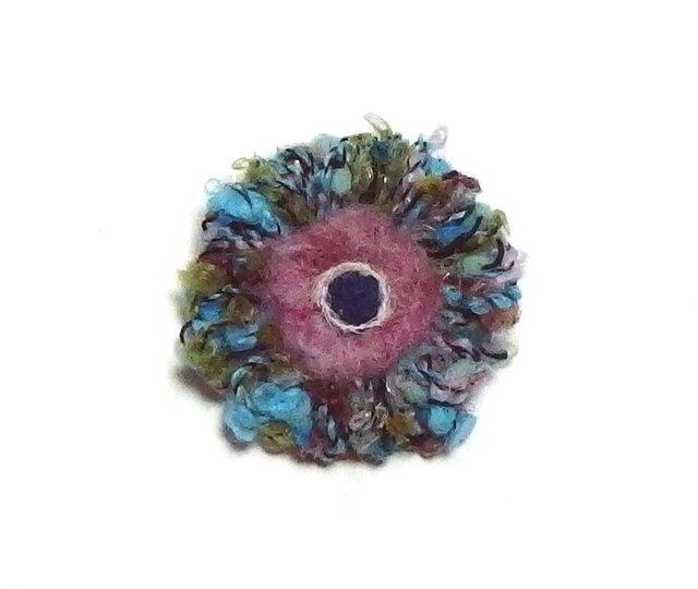 糸のお花のブローチ ミニの画像1枚目