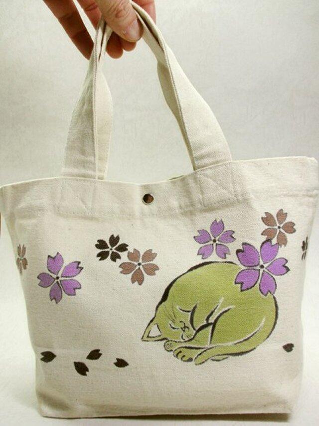 綿トートバッグ(眠りにゃんこのお花見)の画像1枚目
