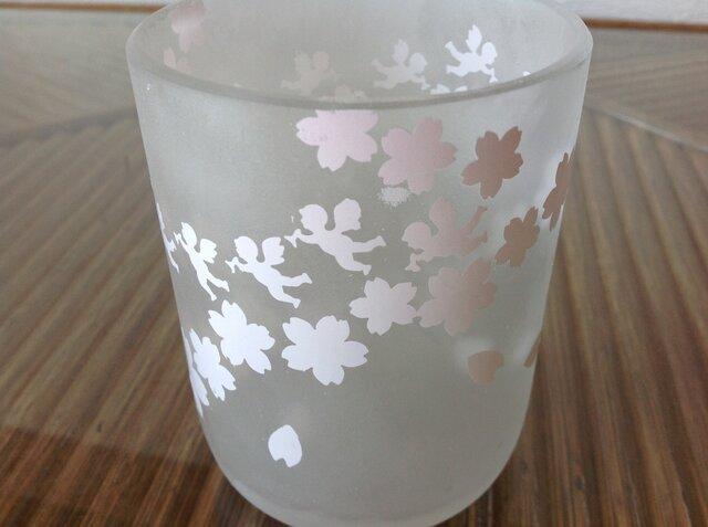 桜と天使のグラスの画像1枚目