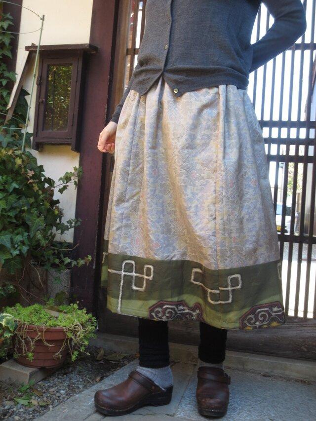 着物リメイク☆春色紬に裾は銘仙パッチ大人女子にキュートな75㎝丈の画像1枚目