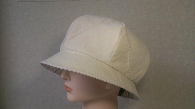 魅せる帽子☆ふんわり♪6枚はぎのリバーシブルクロッシュ(オフホワイト)の画像1枚目