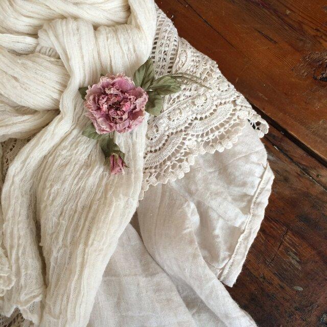 コサージュ アンティークピンクのミニ薔薇の画像1枚目