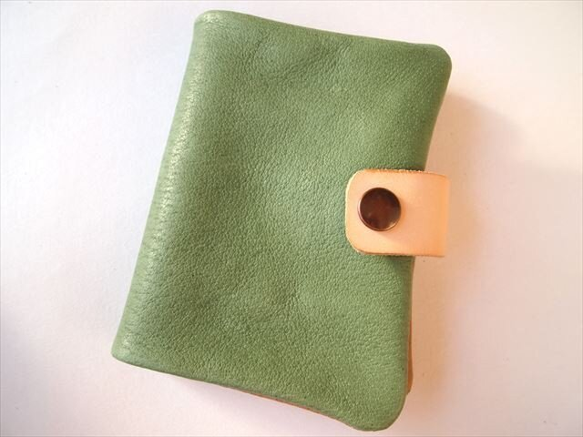 B7【定番グリーン】ぶた革やわらか手帳カバー【受注生産】レザー1615の画像1枚目