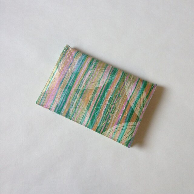 絹手染カード入れ(縦・ピンクオレンジ緑)の画像1枚目