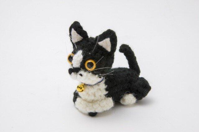 猫あみぐるみ(白黒)の画像1枚目