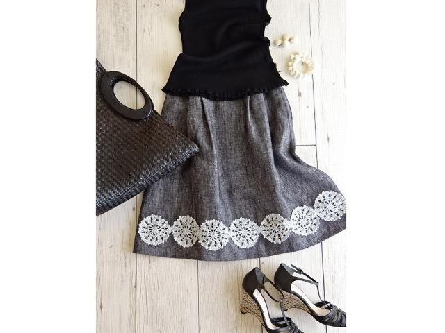 レース編みと北欧リネンのスカート・メランジブラックの画像1枚目