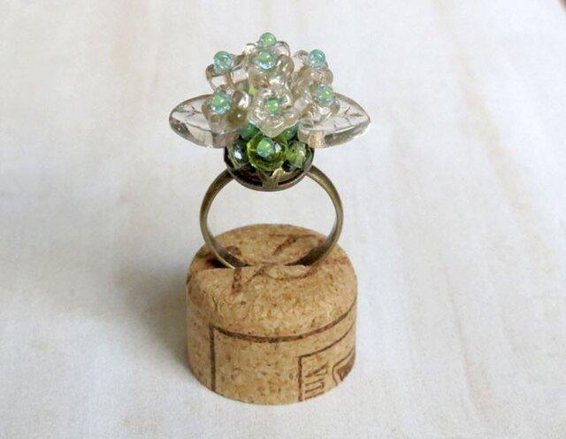 フラワーブーケの指輪(クリア)の画像1枚目