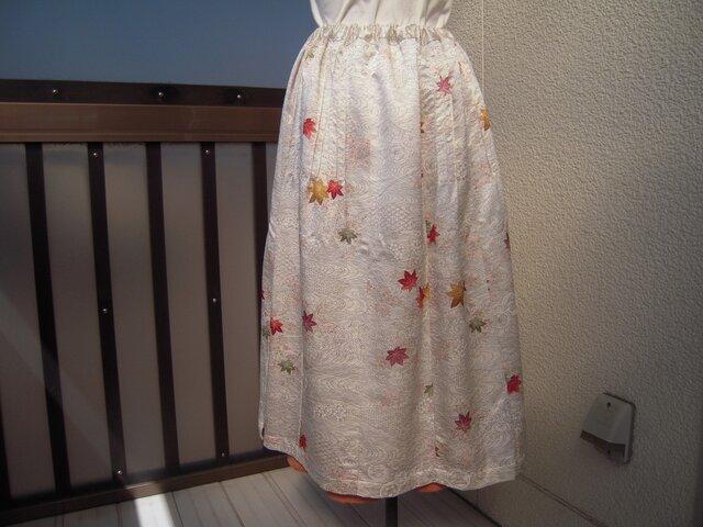 着物リメイク 紅葉柄タック入りスカート J-4の画像1枚目