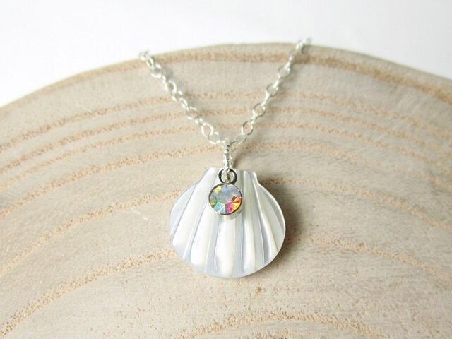ホワイトシェルの貝がらネックレス☆シルバー925の画像1枚目