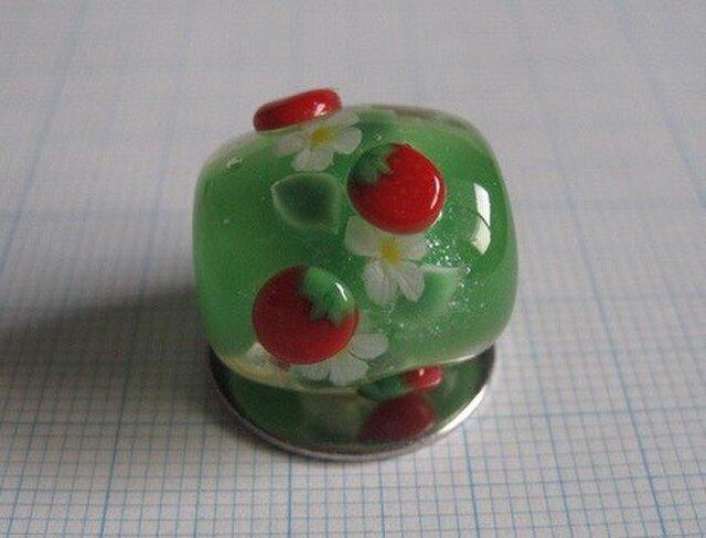 とんぼ玉 イチゴ(凸)の画像1枚目