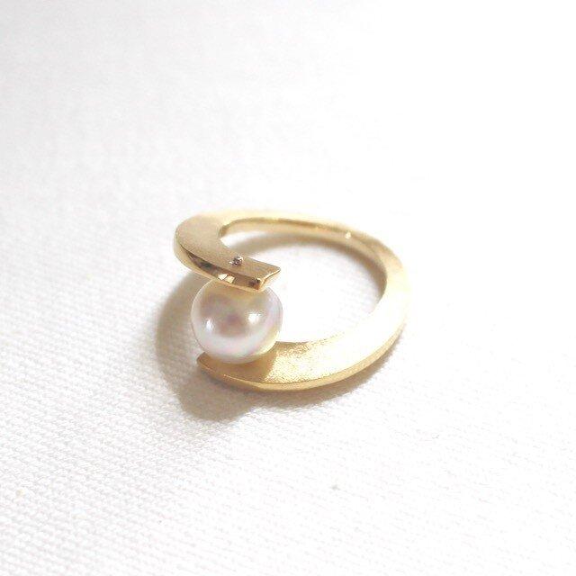 南洋真珠の合わせ腕リング(ゴールド色)の画像1枚目