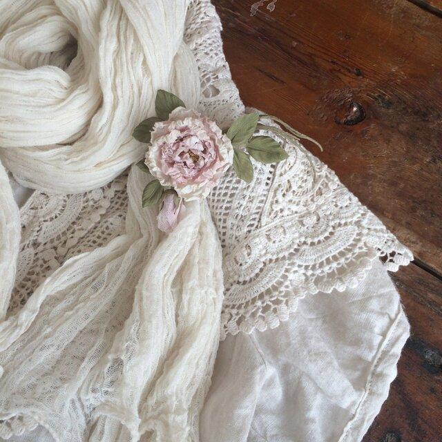 布花コサージュ 淡いピンクのミニ薔薇の画像1枚目