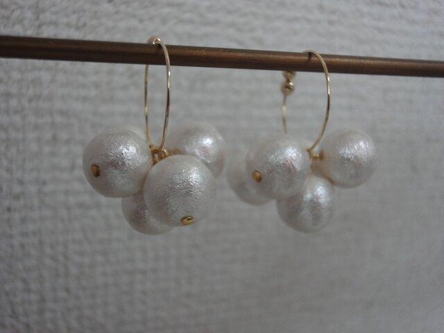 【再販】コットンパールのフープイヤリングの画像1枚目