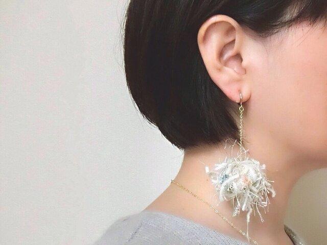 singleイヤリング 〜海月〜の画像1枚目