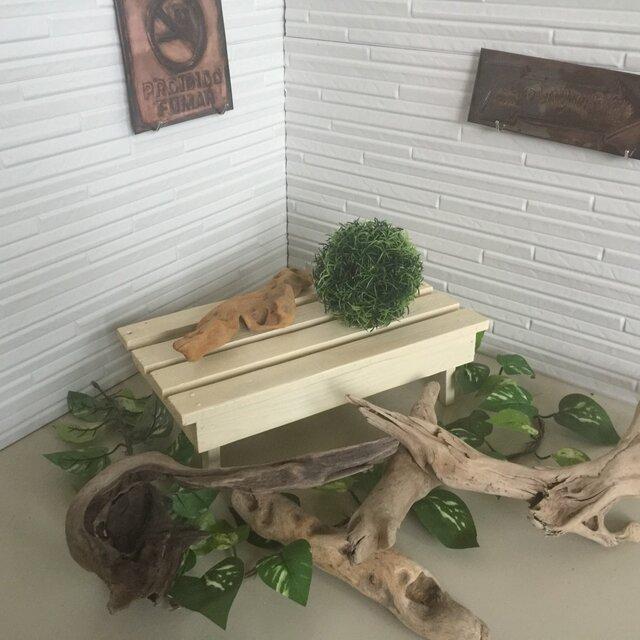オールドパイン材で作ったミニチュアベンチ花台の画像1枚目