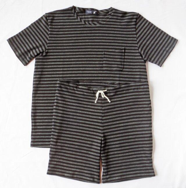ボーダーTシャツ、パンツ セットアップの画像1枚目