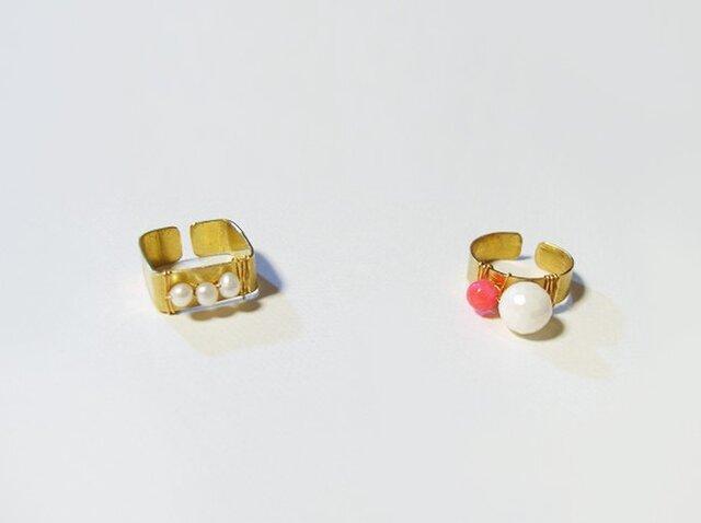 パールと珊瑚の真鍮リングの画像1枚目