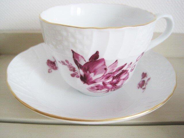 シクラメンのブーケのカップ&ソーサーの画像1枚目