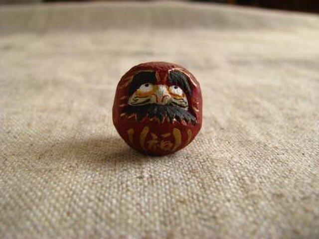 小さな小さなだるまさん  木彫りの画像1枚目