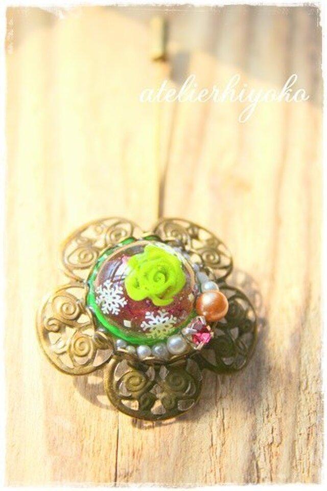Green rose ブローチの画像1枚目