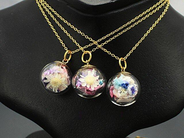 Flower glass Ball Pendant ~桜&桃~の画像1枚目