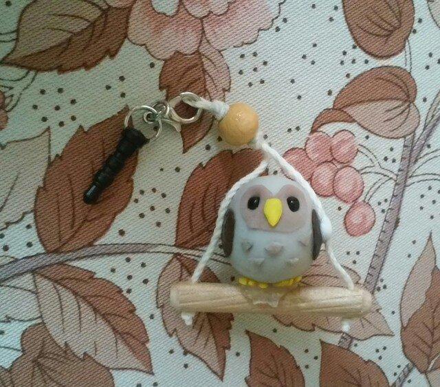 フクロウのイヤホンジャックの画像1枚目