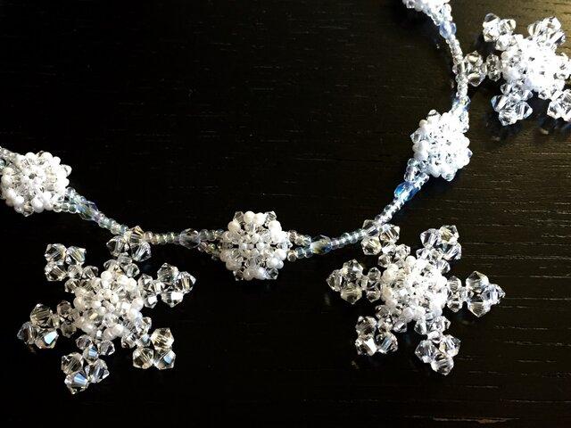 雪の結晶ネックレスの画像1枚目