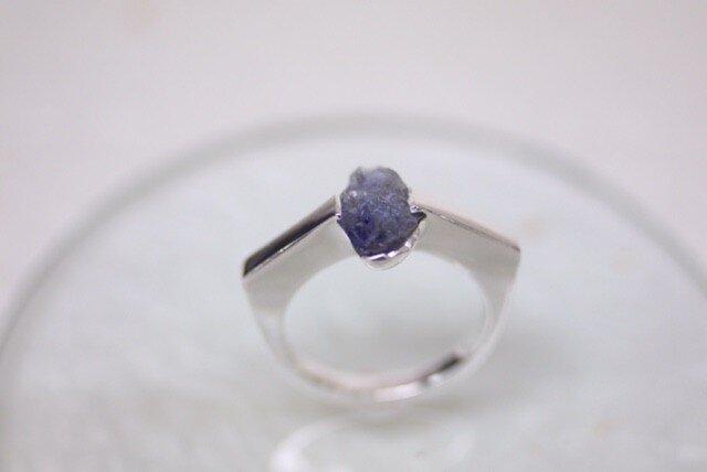 Simple tanzanite ring  〜守られる目〜の画像1枚目