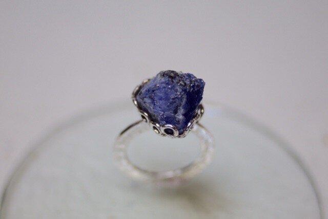 Simple tanzanite ring (big rough tanzanite)の画像1枚目