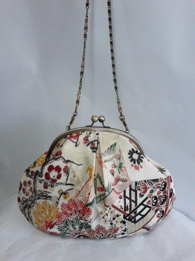 アンティーク袋帯地 ・吉祥扇面文柄・はまぐり形・がま口バッグの画像1枚目