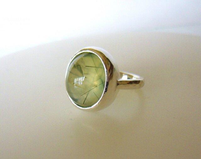 プレナイトルチルの指輪の画像1枚目