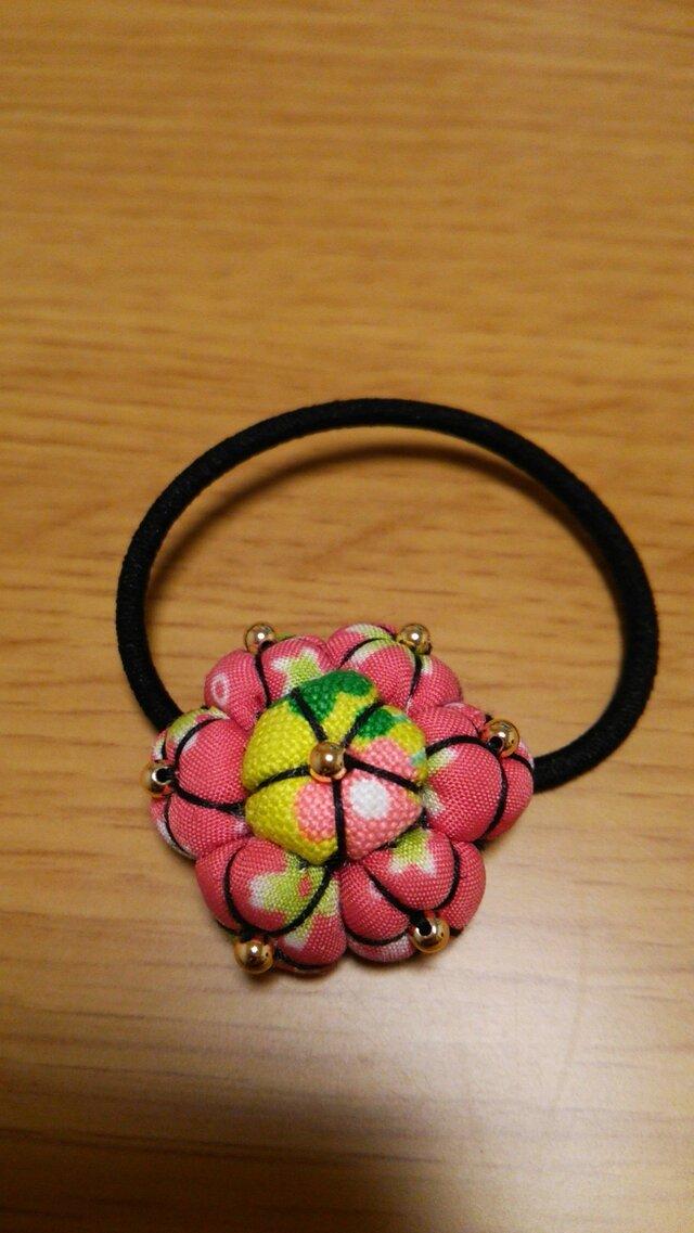 花のヘアゴムの画像1枚目