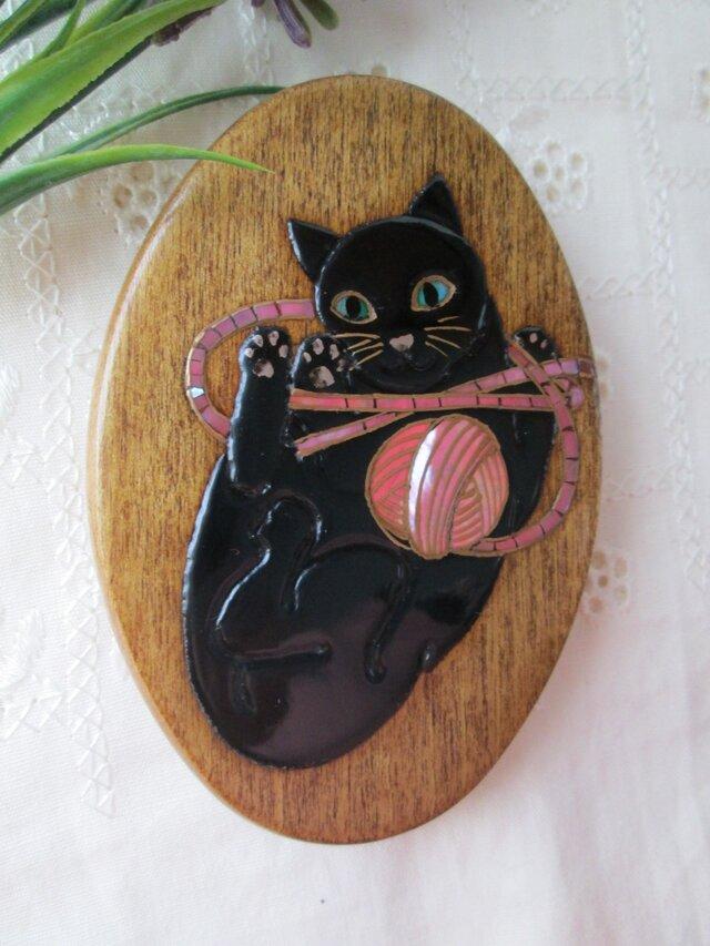 蒔絵手鏡 黒猫と毛糸玉(赤)の画像1枚目
