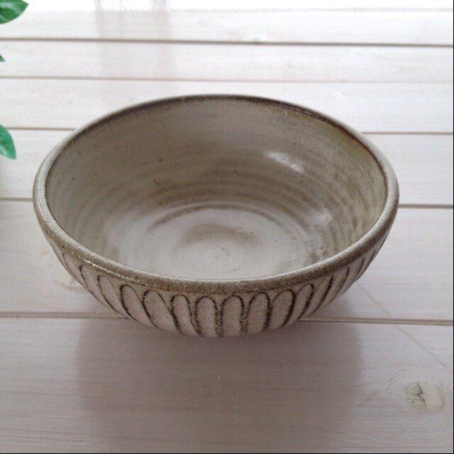 no.101しのぎ盛り鉢の画像1枚目
