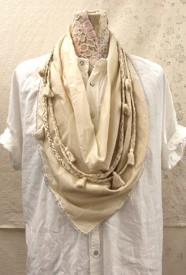 チェーン三つ編みタッセルスカーフの画像1枚目