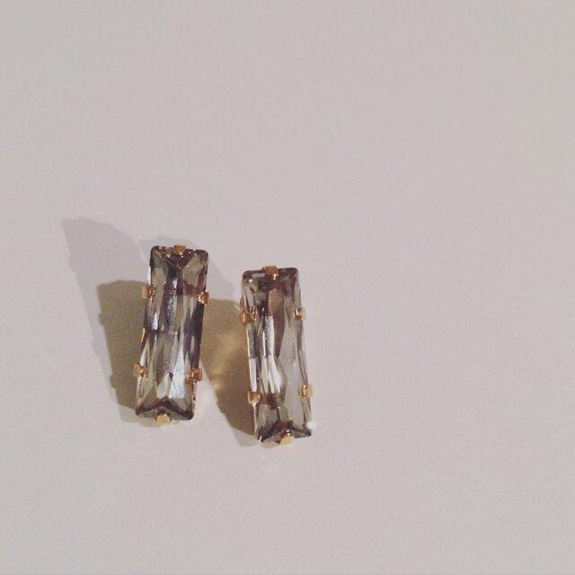 □Crystal(長方形クリスタルピアス)の画像1枚目