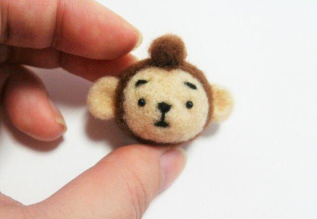 まゆおさる 携帯クリーナーストラップ※受注製作 羊毛フェルト(アクレーヌ製)の画像1枚目